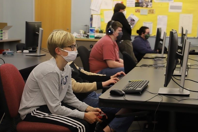 Morse High School Takes Esports Program Online
