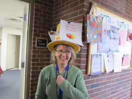 PES Celebrates Community Readaloud